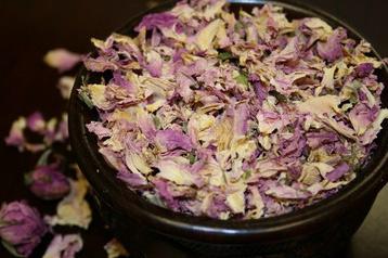 Dry Bulgarian Rose Petals