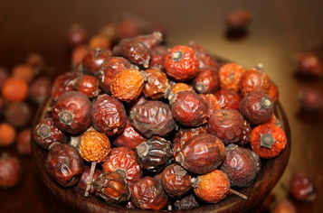 Dry Bulgarian Rosehip Berries